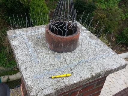fitting-seagull-spikes-on-chimney